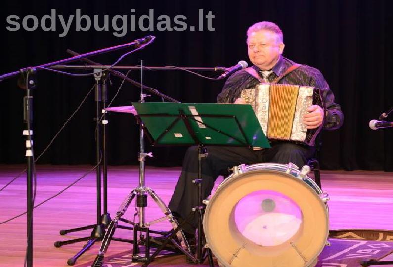Vestuvių muzikantas Stasys Junda